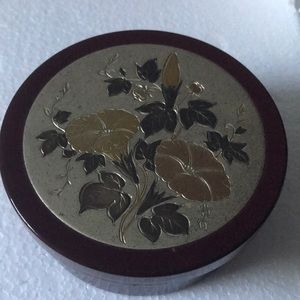 Vintage lacquer jewelry box